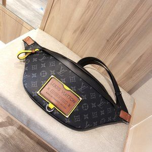 Louis Vuitton Bumbag Black Monogram Canvas